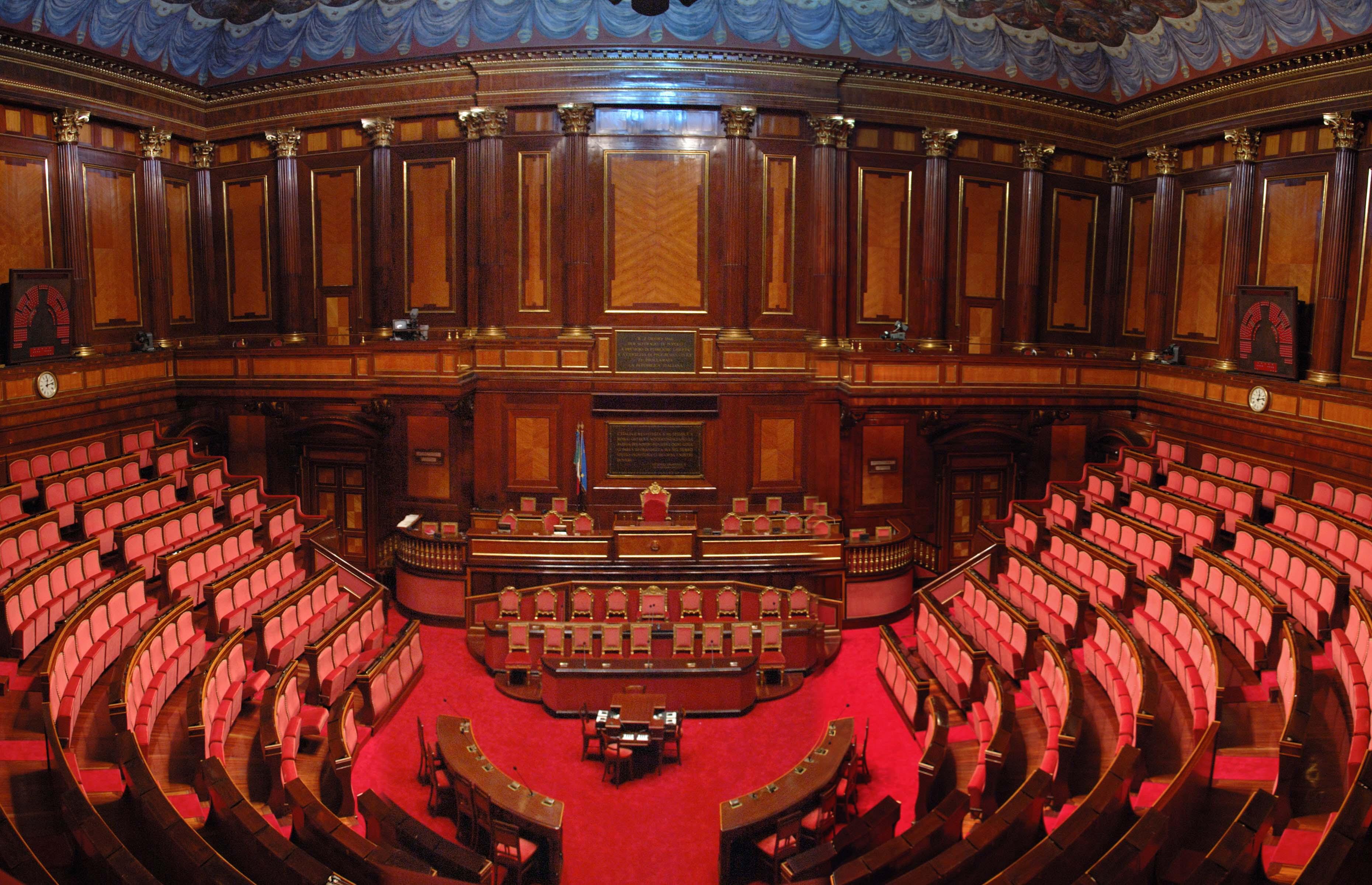 Ufficio rapporti con il parlamento for Parlamento on line