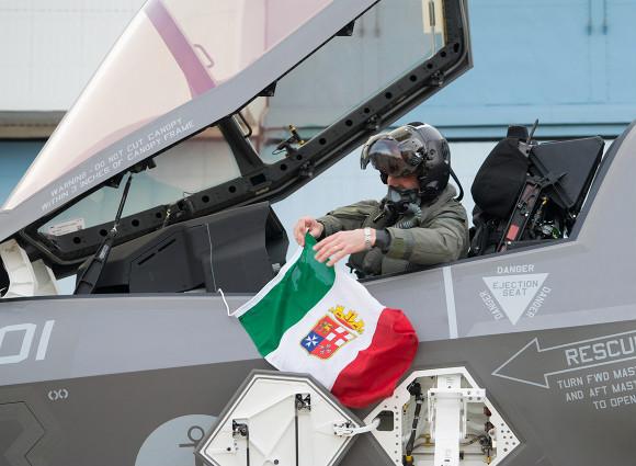Risultato immagini per f-35b marina militare